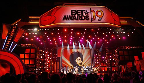 2009 B.E.T Awards And It's Tribute To Michael Jackson