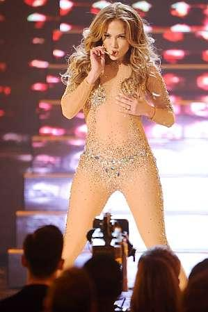 Jennifer Lopez Steals The Show At The American Music Awards