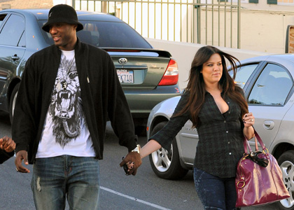 Khloe Kardashian and Lamar Odom Pick Up A Sweet Treat!