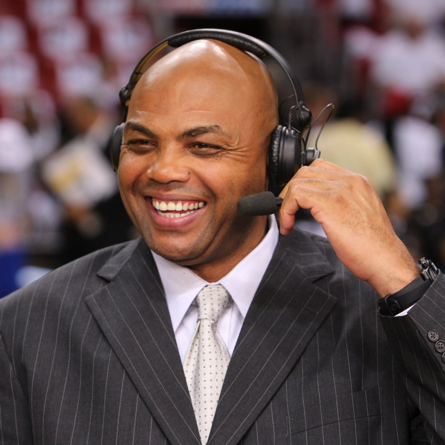 charles-barkley-shares-a-laugh-before-the-game_crop_exact
