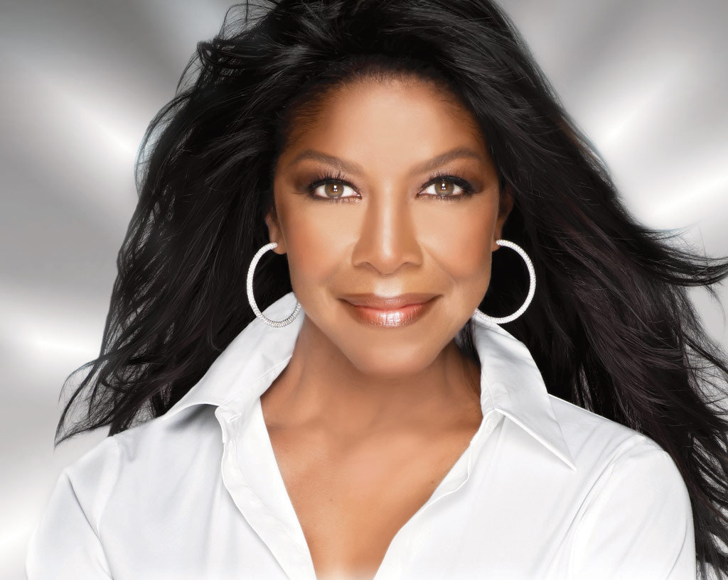 Natalie Cole's Family Upset At Grammys